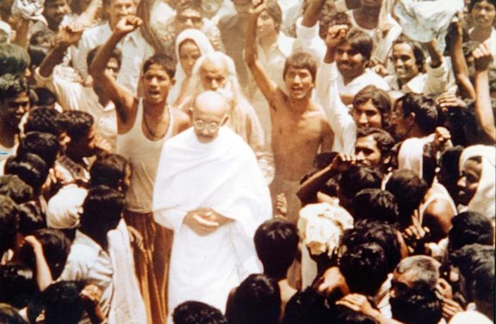 """Ben Kingsley stars in the 1982 movie"""" Gandhi."""" Photo Columbia Pictures (AMUSEMENTS,MOVIES)"""