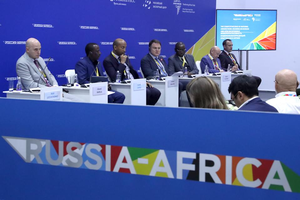 SOCHI, RUSSIA - OCTOBER 24, 2019: Kirill Udovichenko, Partner at Monastyrsky, Zyuba, Stepanov & Partners, Ghandi Badela, Advocate at the Johannesburg Society of Advocates, Gabriel Curtis, Minister of Investments and Public and Private Partnerships of Guinea, Vladimir Gruzdev, Chairman of the Board at the Association of Lawyers of Russia, Lucien Dieudonne Ngoyi, President and General Director at BNB World Trading Corporation, Vladimir Platonov, President of the Moscow Chamber of Commerce and Industry, Sergei Gebel, Member of the General Council at Delovaya Rossiya (Business Russia), General Director and, Managing Partner at Abbeville Law Firm (L-R), at the 2019 Russia-Africa Summit and Economic Forum at the Sirius Park of Science and Art. Anton Novoderezhkin/TASS Host Photo Agency (Photo by Anton Novoderezhkin\TASS via Getty Images)