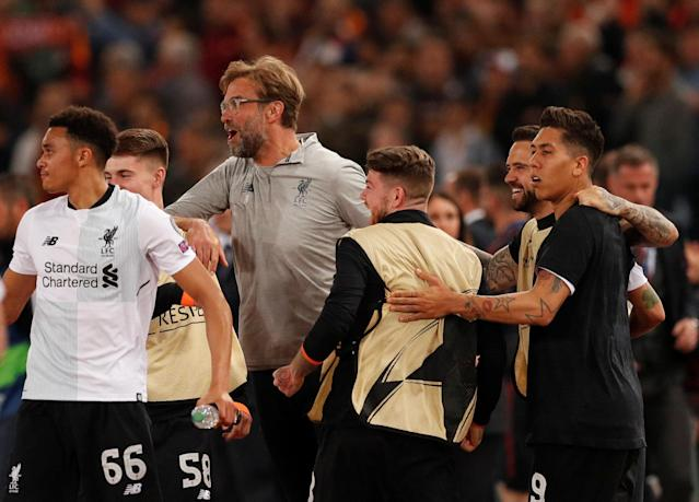 Soccer Football - Champions League Semi Final Second Leg - AS Roma v Liverpool - Stadio Olimpico, Rome, Italy - May 2, 2018 Liverpool manager Juergen Klopp celebrates after the match with his players Action Images via Reuters/John Sibley