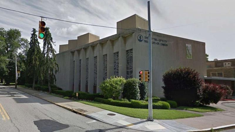 Shooting at synagogue in Pittsburgh's Squirrel Hill neighborhood leaves eight dead