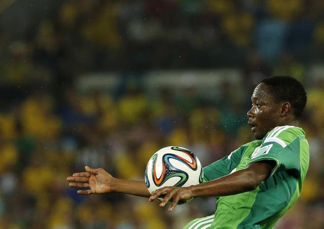 Nigeria's Ahmed Musa stops the ball during their 2014 World Cup Group F soccer match against Bosnia at the Pantanal arena in Cuiaba June 21, 2014. REUTERS/Eric Gaillard (BRAZIL - Tags: SOCCER SPORT WORLD CUP)