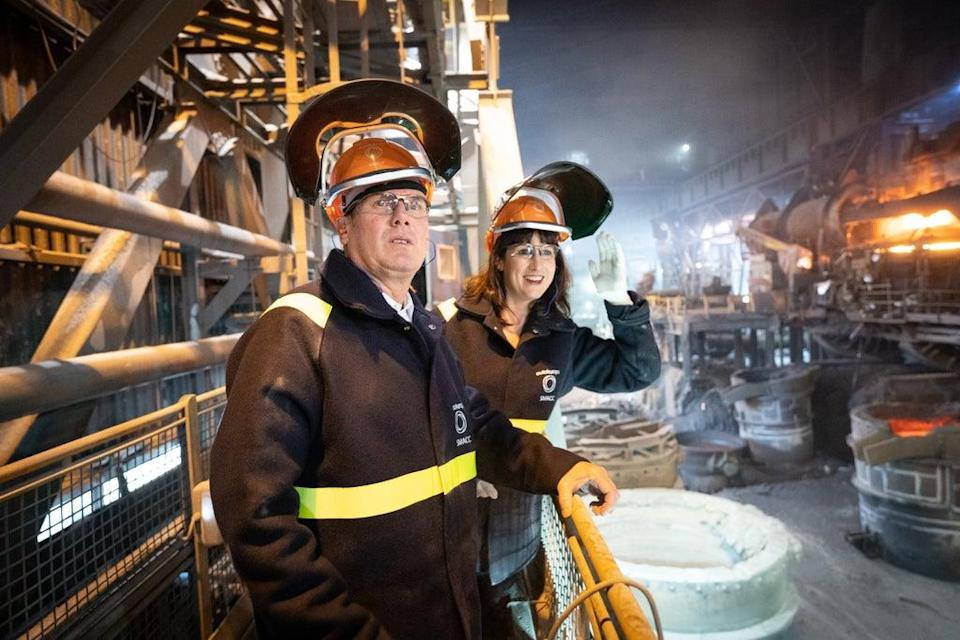 Sir Keir Starmer, left, and shadow chancellor Rachel Reeves visit Outokumpu Stainless in Sheffield (Stefan Rousseau/PA) (PA Wire)