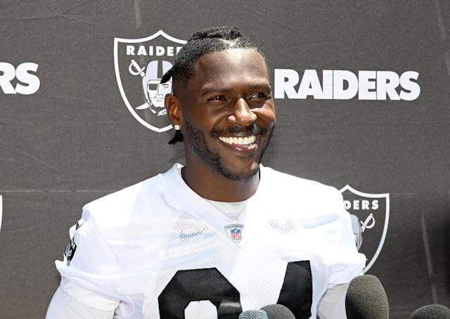 Antonio Brown is with the Raiders now, but his kids don't quite understand what that means. Mandatory Credit: Kirby Lee-USA TODAY Sports