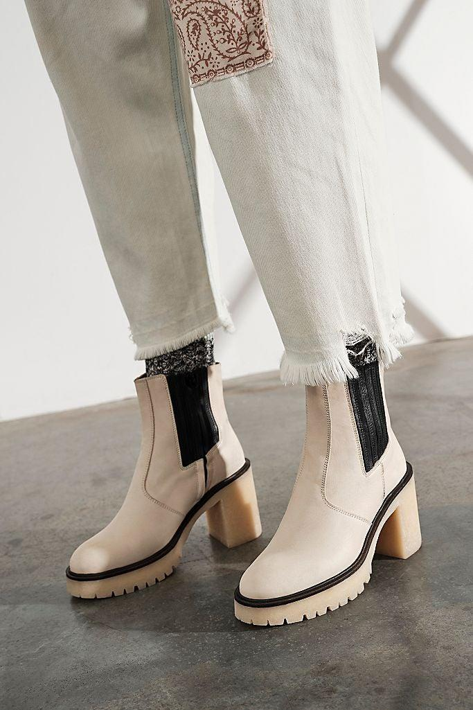 """<br><br><strong>FP Collection</strong> James Chelsea Boots, $, available at <a href=""""https://go.skimresources.com/?id=30283X879131&url=https%3A%2F%2Fwww.freepeople.com%2Fshop%2Fjames-chelsea-boots%2F"""" rel=""""nofollow noopener"""" target=""""_blank"""" data-ylk=""""slk:Free People"""" class=""""link rapid-noclick-resp"""">Free People</a>"""