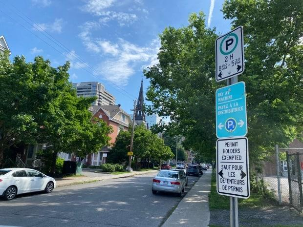 The city's parking permit program allows qualified residents who pay a fee the right to park on certain streets outside of the posted hours. (Ryan Patrick Jones/CBC - image credit)