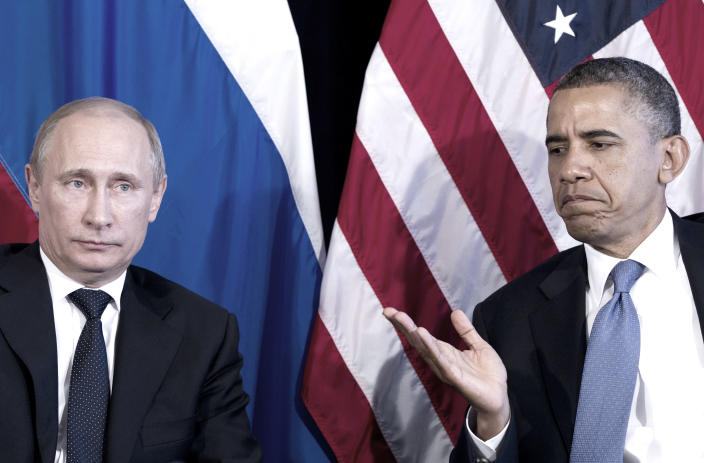 President Barack Obama participates in a bilateral meeting with Putin during the G20 Summit on June 18, 2012, in Los Cabos, Mexico. (Photo: Carolyn Kaster/AP)