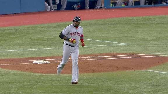 Ortiz homers twice, Red Sox rout Blue Jays 14-1