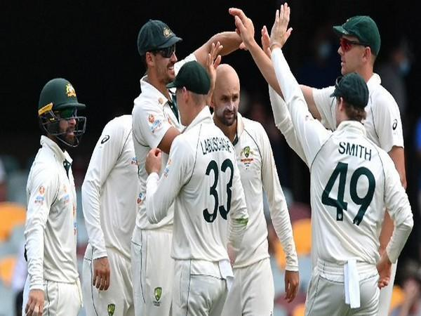 Australia players celebrate the fall of Rohit Sharma's wicket (Photo/ ICC Twitter)