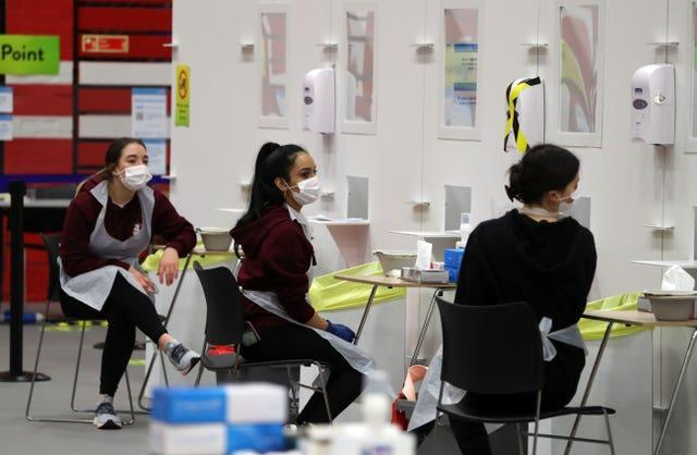 Access to rapid-result tests is to be widened