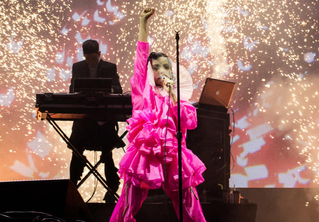 "<p>The Icelandic alt-pop goddess just announced her new single, ""The Gate,"" and has tweeted that a new album is coming very soon. Reportedly, the record will be Tinder-themed. We'd swipe right on that! </p>"
