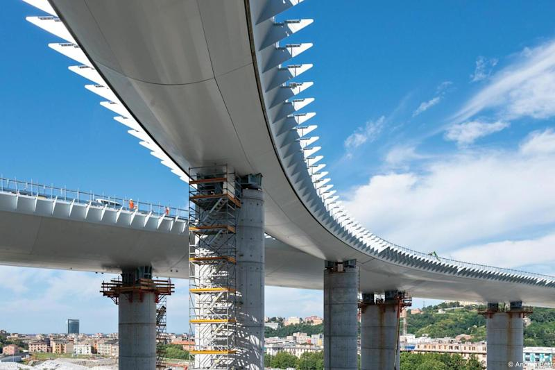 The new bridge was constructed in just under two years (Rina)