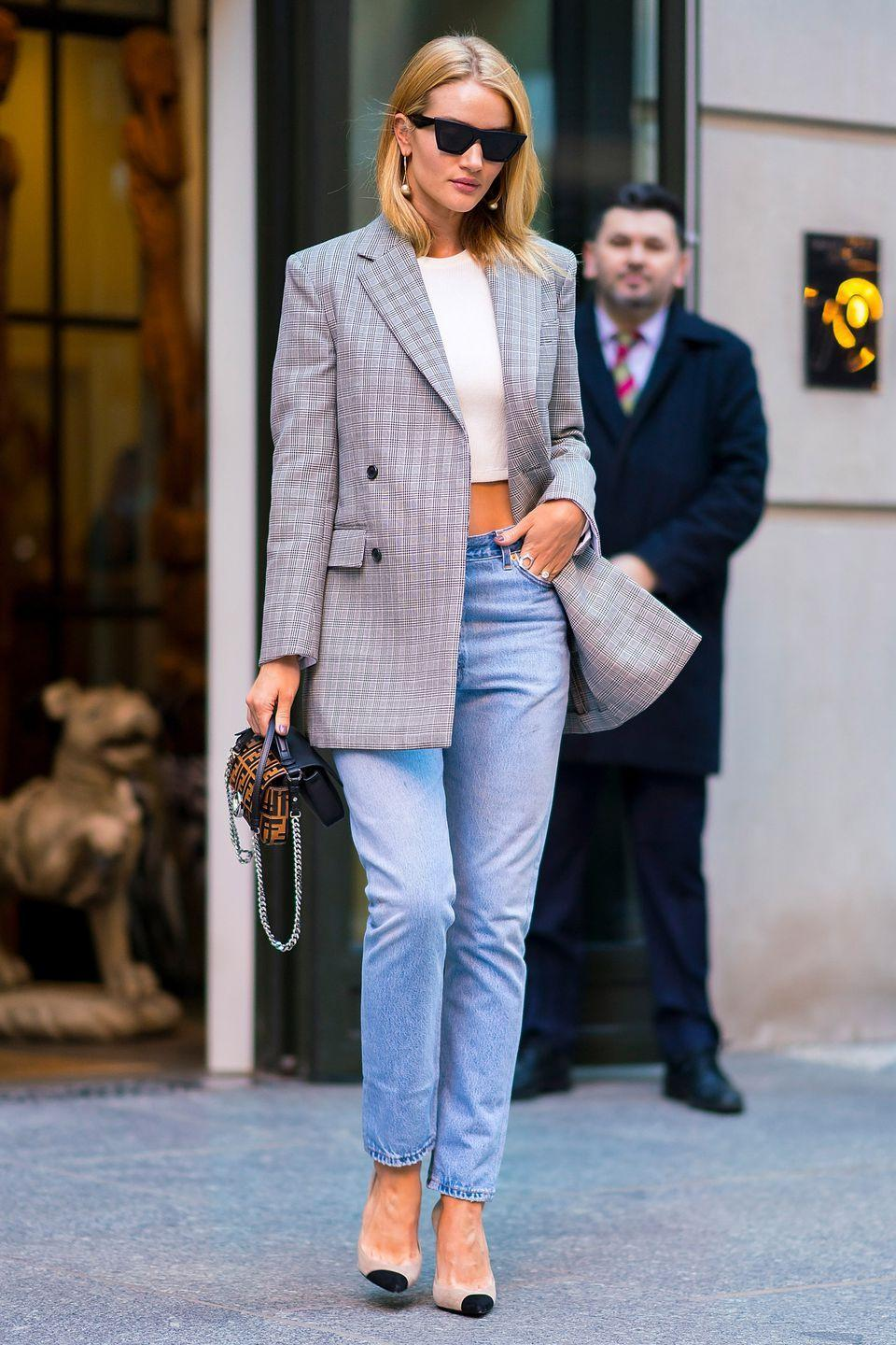 <p>As the weather heats up, ditch your wool coat and replace it with a lightweight blazer. They are great for dressing up both jeans and dresses.</p>