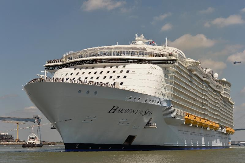 Massive Crowd Sees Off World39s Largest Cruise Ship In France