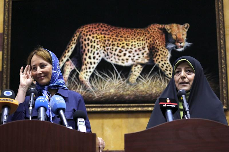 Iran's Vice President and Minister of State for Environmental Protection Masoumeh Ebtekar (R) attends a press conference with French Ecology Minister Segolene Royal, following their meeting in Tehran on August 28, 2016