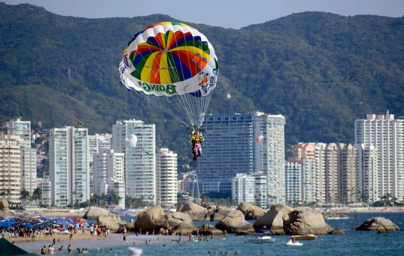 Acapulco Travel Warnings Not Stopping Canadians Going To Mexico