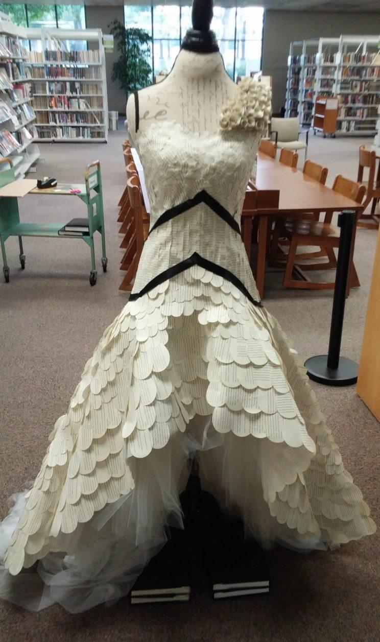library dress