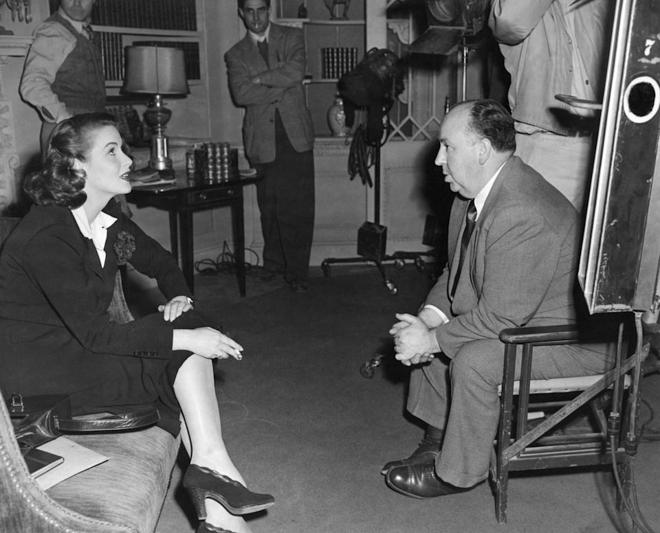 Rhonda Fleming and director Alfred Hitchcock on set filming Spellbound, 1945 - Alamy