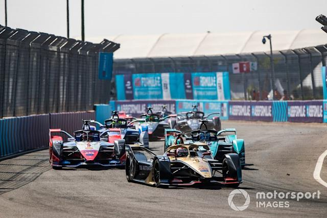 "Jean-Eric Vergne, DS Techeetah, DS E-Tense FE20 Jérôme d'Ambrosio, Mahindra Racing, M6Electro, James Calado, Jaguar Racing, Jaguar I-Type 4 <span class=""copyright"">Sam Bloxham / Motorsport Images</span>"
