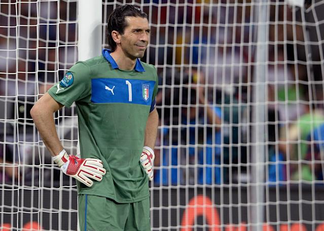 KIEV, UKRAINE - JULY 01: Gianluigi Buffon of Italy appears dejected after conceding the second goal during the UEFA EURO 2012 final match between Spain and Italy at the Olympic Stadium on July 1, 2012 in Kiev, Ukraine. (Photo by Claudio Villa/Getty Images)