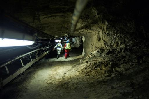 Gold Fields, Anglo American set aside millions for possible silicosis settlement