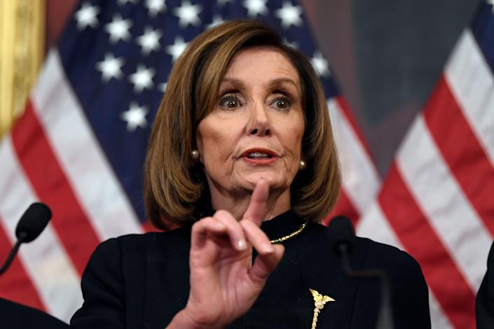 "House Speaker <a href=""https://www.huffpost.com/news/topic/nancy-pelosi"" rel=""nofollow noopener"" target=""_blank"" data-ylk=""slk:Nancy Pelosi"" class=""link rapid-noclick-resp"">Nancy Pelosi</a> (D-Calif.) told colleagues that the chamber will vote this week on a new war powers resolution meant to limit President <a href=""https://www.huffpost.com/news/topic/donald-trump"" rel=""nofollow noopener"" target=""_blank"" data-ylk=""slk:Donald Trump"" class=""link rapid-noclick-resp"">Donald Trump</a>&rsquo;s military actions against Iran. (Photo: ASSOCIATED PRESS)"