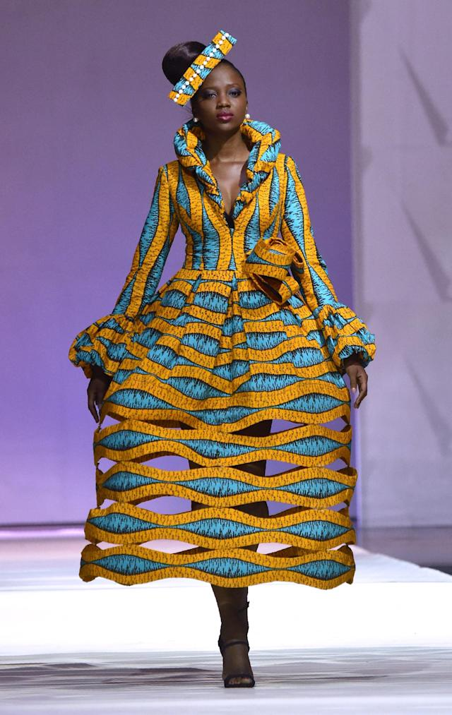 A design by <span>African designer Patricia Waota</span> made with Vlisco during the 170th anniversary of the manufacturer in Abijan, November 2016. (ISSOUF SANOGO via Getty Images)