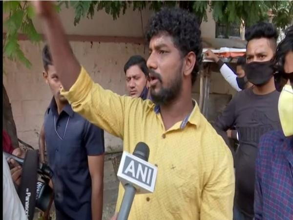 Local who helped in rescuing the youth in Hyderabad (Photo/ANI)