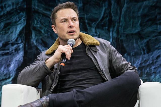 SpaceX and Tesla CEO Elon Musk says we'll eventually have pizza places on Mars, as long as AI doesn't kill us first.