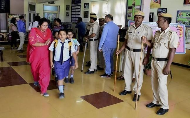 <p>The Delhi Police has also promised 'regular' meeting between school  administration and police authorities to discuss the security of  children. </p>