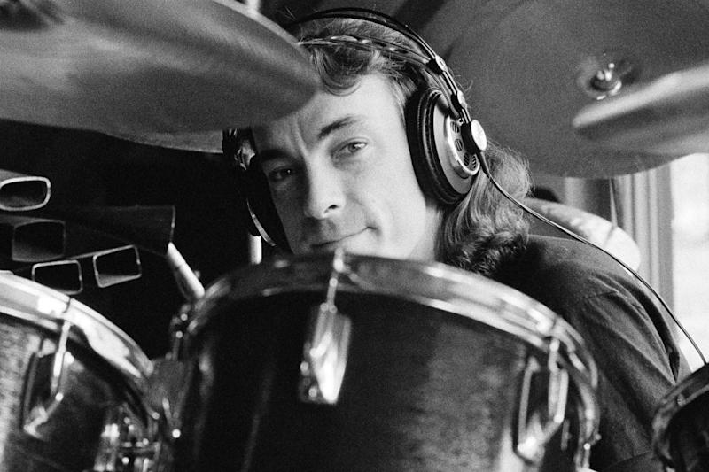 Foo Fighters Pay Tribute to Rush's Recently Deceased Drummer Neil Peart