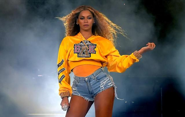 "<p>People waited more than a year to see Bey headline the show — she dropped out last year because she was pregnant with the twins — and she didn't disappoint on April 14. Not only did she kill it on her own and bring out the aforementioned celebrity guests, but she was also so spectacularly good that she even pulled off a nail color change mid-set. <a href=""https://www.huffingtonpost.com/entry/beyonce-coachella-nail-color_us_5ad49309e4b016a07e9e92c7"" rel=""nofollow noopener"" target=""_blank"" data-ylk=""slk:That topic remains up for debate"" class=""link rapid-noclick-resp"">That topic remains up for debate</a>, but her ability to put on a show really doesn't. (Photo: Kevin Winter/Getty Images for Coachella) </p>"