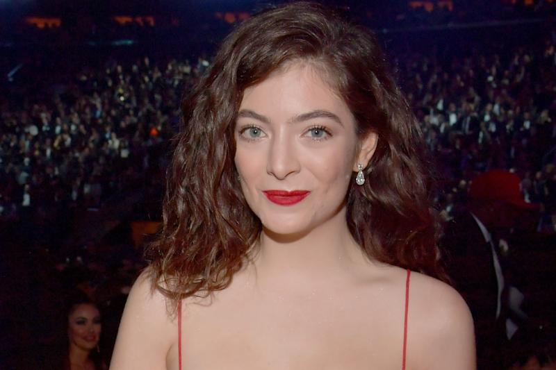 Lorde Is Delaying Her Next Album After the Loss of Her Dog, Pearl