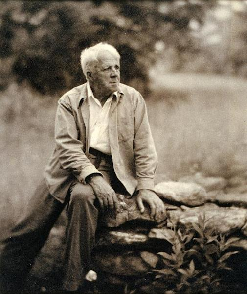 "This handout photo provided by the National Portrait Gallery shows Robert Frost, by Clara Sipprell Gelatin, c. 1955. America often knows the names but not the faces of its great poets. Now the Smithsonian's National Portrait Gallery is introducing dozens of 20th century poets to Washington visitors. ""Poetic Likeness: Modern American Poets"" opens Friday and will be on view through April. (AP Photo/Clara Sipprell Gelatin, National Portrait Gallery)"