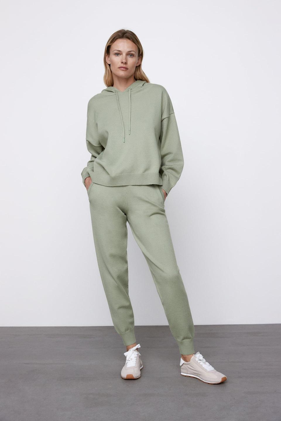 <p>We're loving the color of this <span>Zara Knit Jogger Pants</span> ($40) and <span>Hooded Knit Sweatshirt</span> ($40).</p>