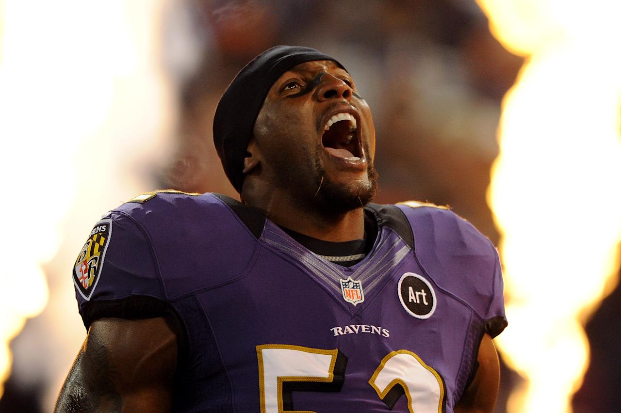 BALTIMORE, MD - SEPTEMBER 23: Ray Lewis #52 of the Baltimore Ravens takes the field during player introductions against the New England Patriots at M&T Bank Stadium on September 23, 2012 in Baltimore, Maryland. (Photo by Patrick Smith/Getty Images)