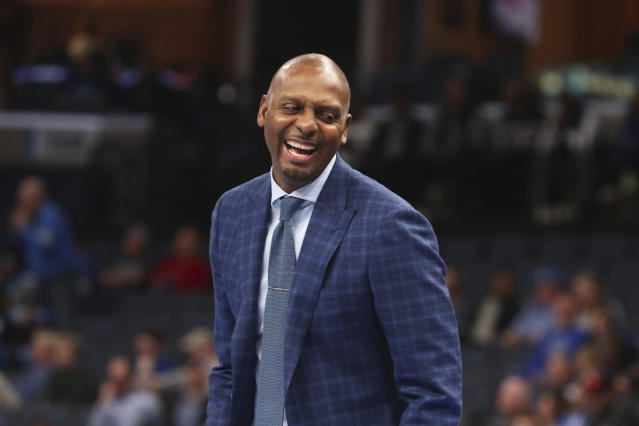 Memphis head coach Penny Hardaway laughs from the bench during the second half of an NCAA college basketball game against Illinois-Chicago, Friday, Nov. 8, 2019, in Memphis, Tenn. (AP Photo/Karen Pulfer Focht)