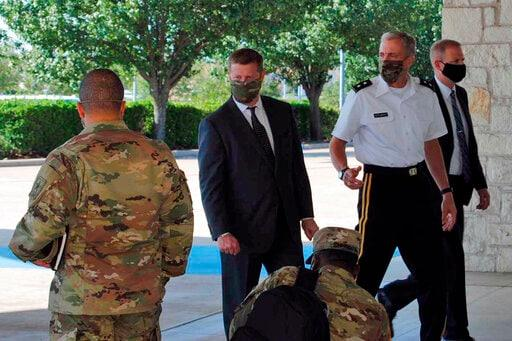 Fort Hood commander's transfer on hold amid investigations