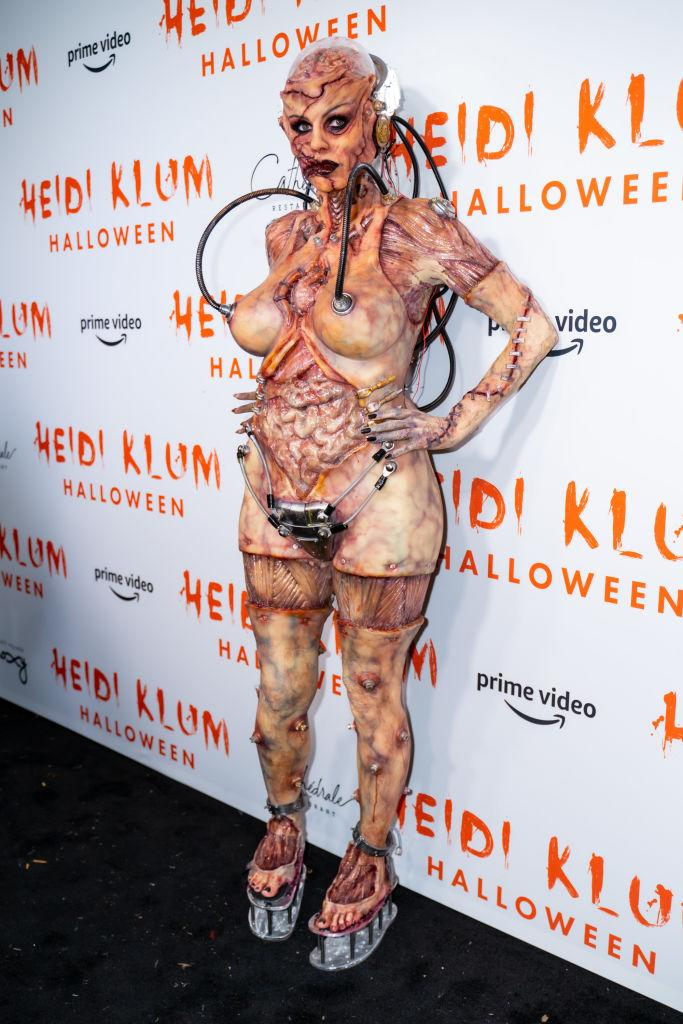 A full length shot of Heidi Klum's costume which took over 12 hours to create. [Photo: Getty]