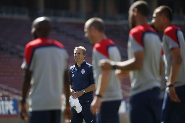 Coach Klinsmann of the U.S. men's national soccer team prepares for World Cup in Stanford