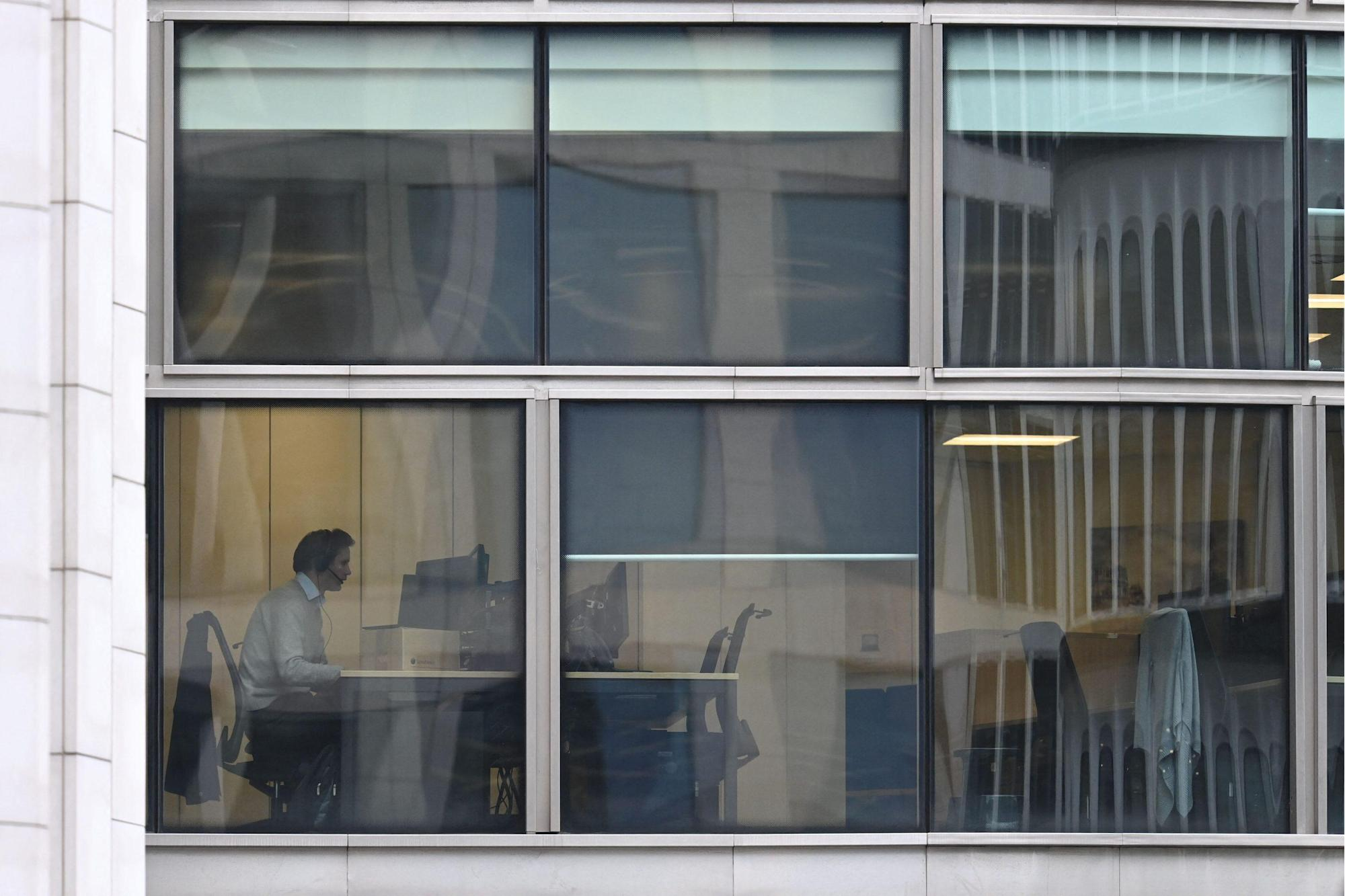Office workers to bosses: I'll quit if I have to go full-time back to the office