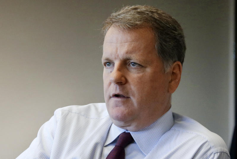 Leaders of American Airlines pilots' union blast CEO