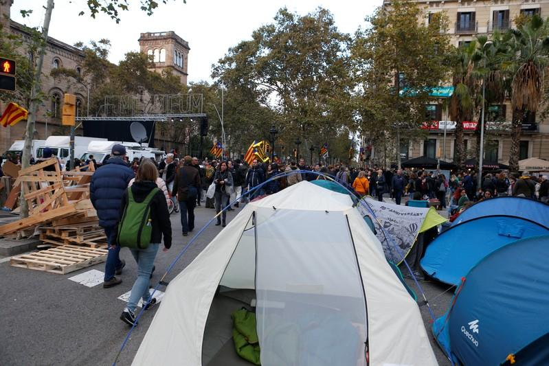 Democratic Tsunami calls for protest in central Barcelona