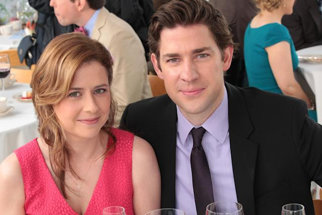 John Krasinksi and Jenna Fischer (Pam and Jim) during happier times. (Getty)