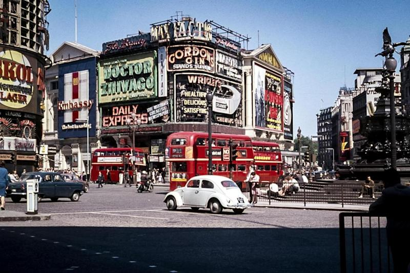 Piccadilly Circus in June 1966. (Richard Friedman)