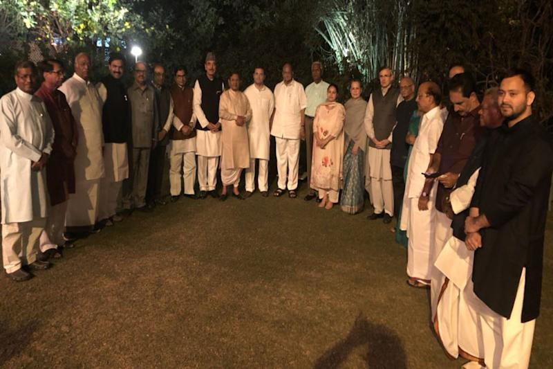 Mission 2019 the Main Course as Sonia Gandhi Hosts Dinner for 20 Opposition Parties