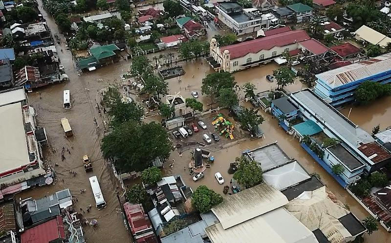 56 dead from landslides, floods in Philippines