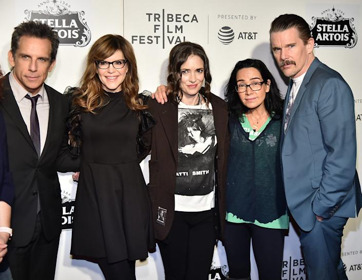 "NEW YORK, NEW YORK - MAY 04: Ben Stiller, Lisa Loeb, Winona Ryder, Janeane Garofalo and Ethan Hawke attend ""Reality Bites"" 25th Anniversary - 2019 Tribeca Film Festival at BMCC Tribeca PAC on May 04, 2019 in New York City. (Photo by Theo Wargo/Getty Images for Tribeca Film Festival) ORG XMIT: 775329771 ORIG FILE ID: 1146996344"