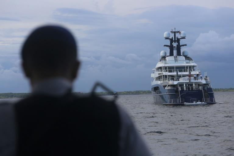A luxury yacht linked to allegations that $4.5 billion was looted from Malaysia's state investment fund 1MDB is being handed over to the FBI, which is probing the scandal, Indonesian police say