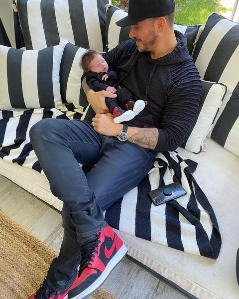 <p>Jax is loving fatherhood, especially on days when he matches with his little boy.</p>