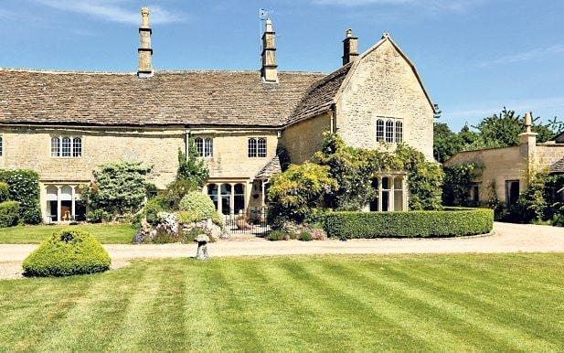 Expect effortless charm and tudor details at Old Weavers Farmhouse - Savills Estate Agent